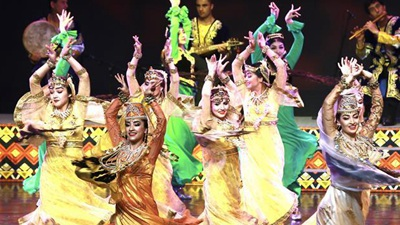 Artists from Tajikistan perform in Beijing during CDAC